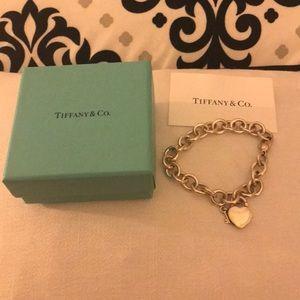 TIFFANY & Co. Heart Tag Key Bracelet